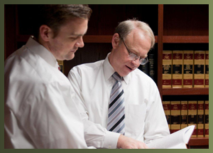 Photo of Kansas City bankruptcy lawyers discussing cases