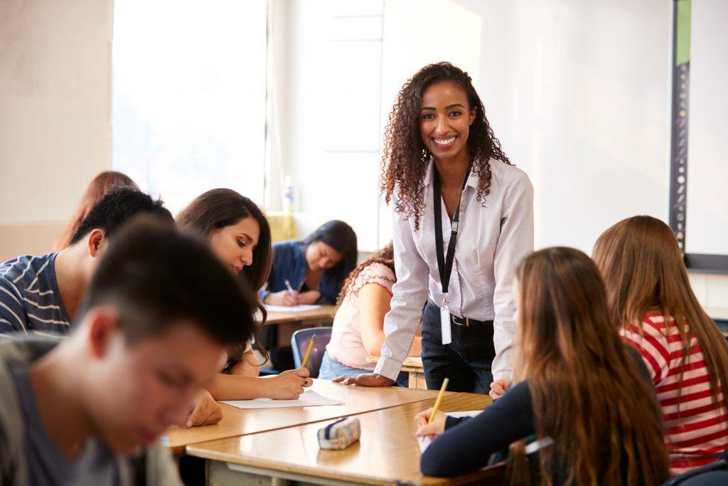 picture of teacher in high school classroom